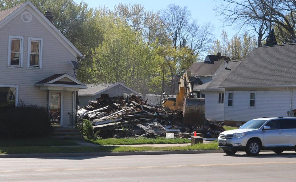 A home on Crooks Avenue that burned in March 2017 was razed in May, 2017. Photo by Tony Penterman via Kaukauna Pictures and News.