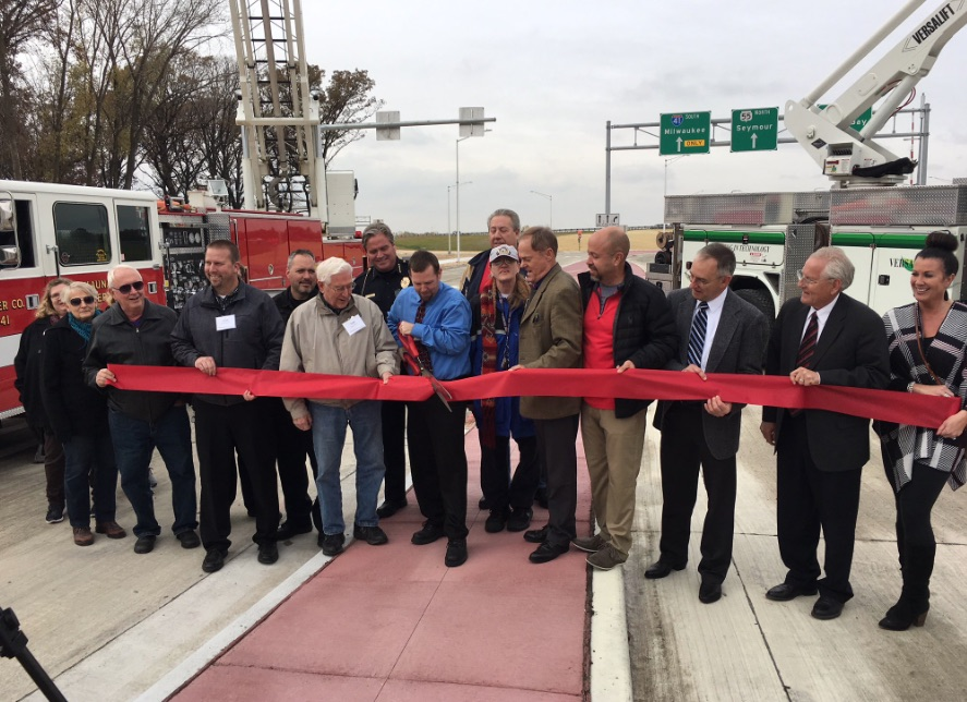 Ribbon cutting Oct. 26 for the new Highway 55, Interstate 41 interchange. WisDOT photo.